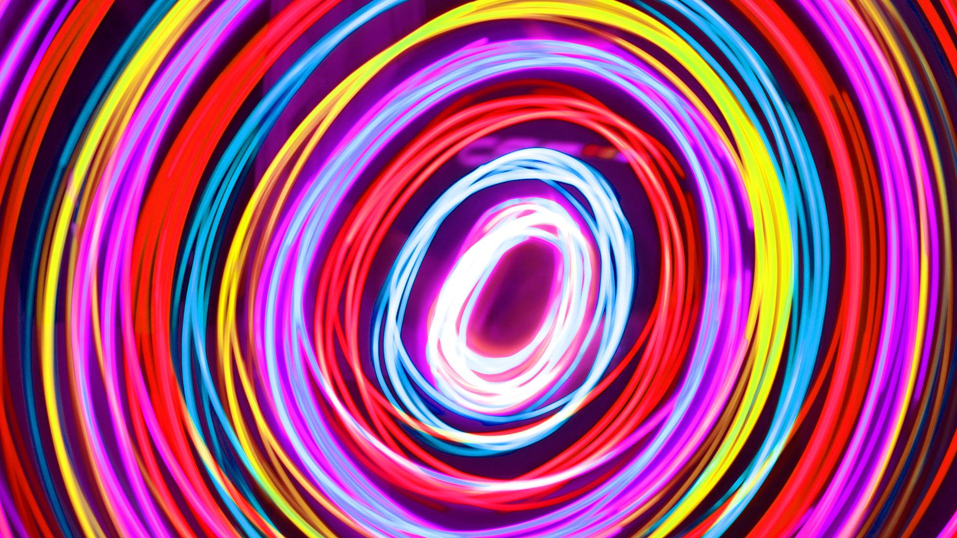 Ronddraaiende lichten in veel kleuren